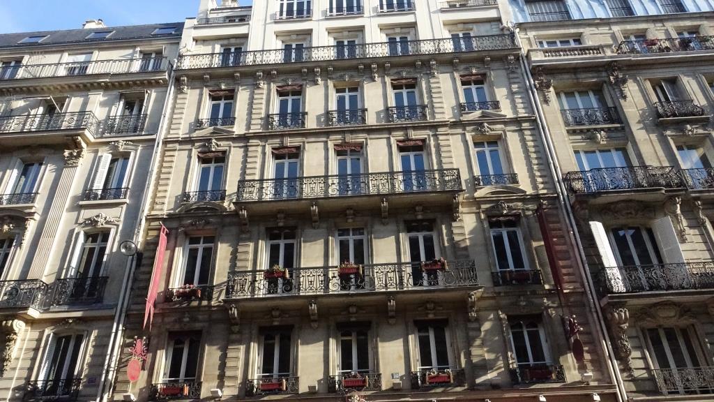 PARIS 8ème - Immeuble Hôtelier 16 rue de la Pépinière